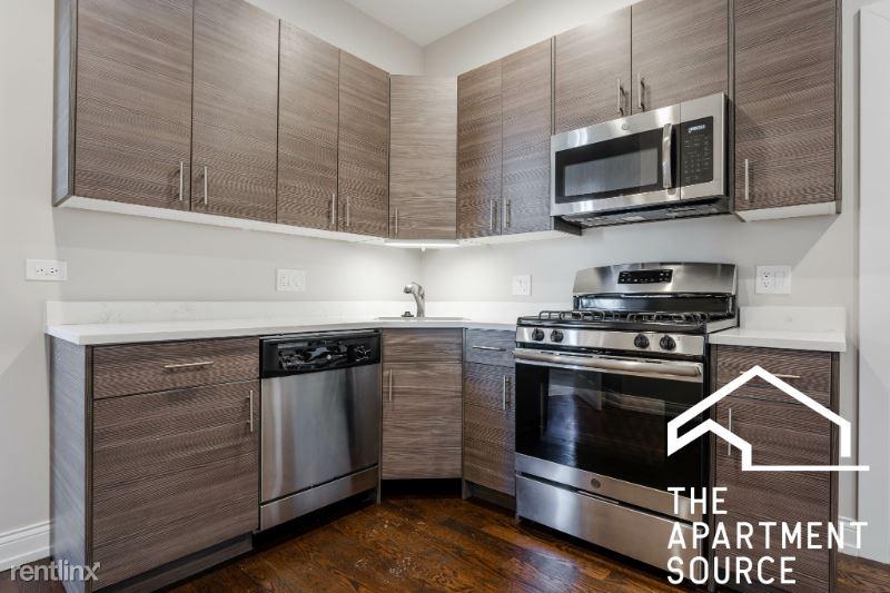 2943 W Diversey Ave, Chicago IL 2E, Chicago, IL - $1,795 USD/ month