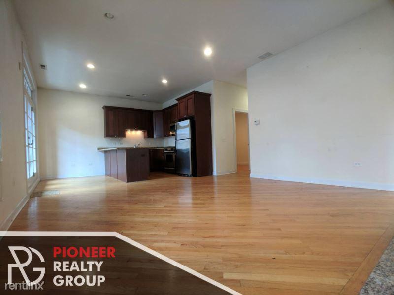 1438 W Belmont Ave, Chicago IL 3, Chicago, IL - $3,995 USD/ month