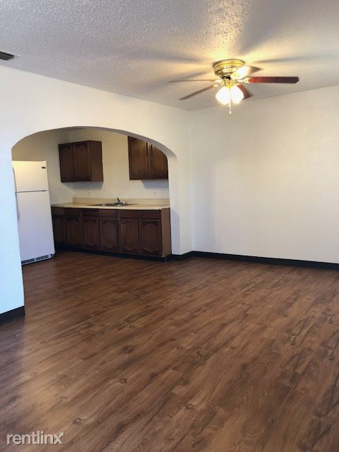 820 S. Ave. A, Portales, NM - $625 USD/ month