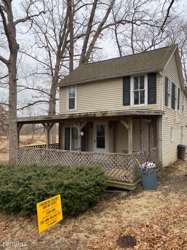 4th St, Petersburgh, IL - $538 USD/ month