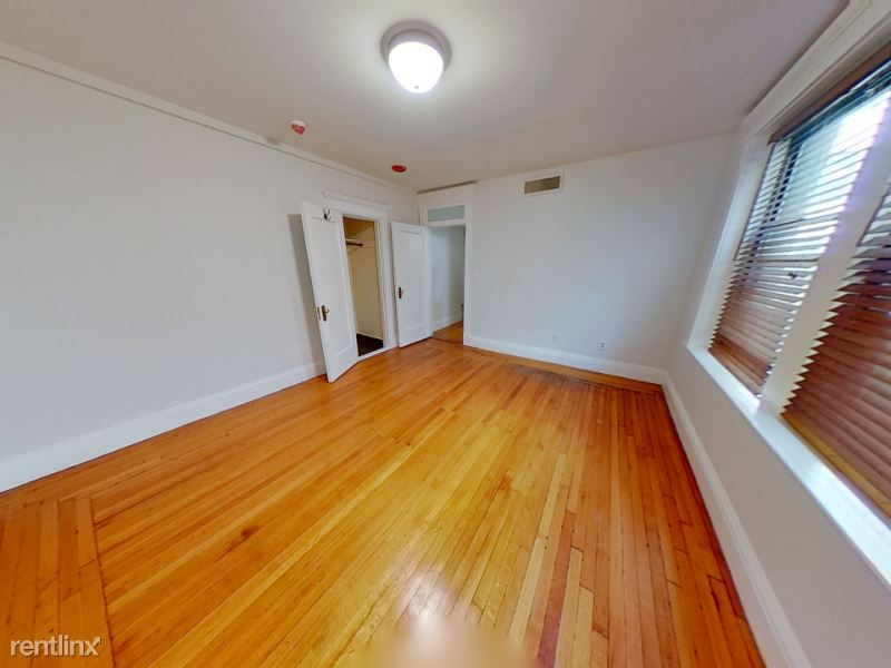 466 Comm Ave 306, Boston, MA - $2,200 USD/ month