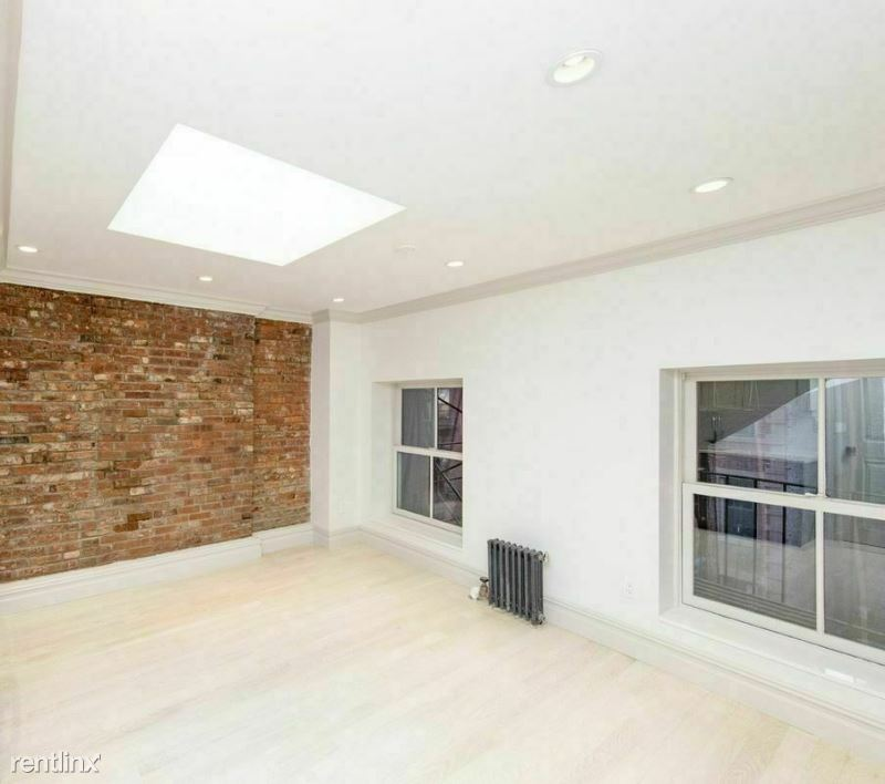 W 4th St, New York NY, New York, NY - $3,759 USD/ month
