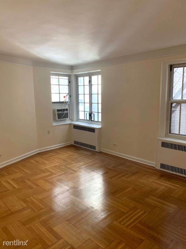 Jane Street, New York, NY - $2,541 USD/ month