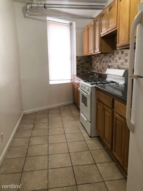 2104 Cross Bronx Expy, Bronx NY, Bronx, NY - $1,550 USD/ month