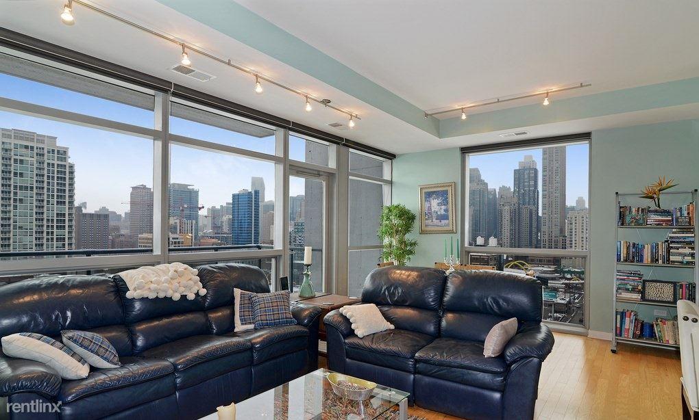 303 W Ohio St, Chicago, IL - $900 USD/ month