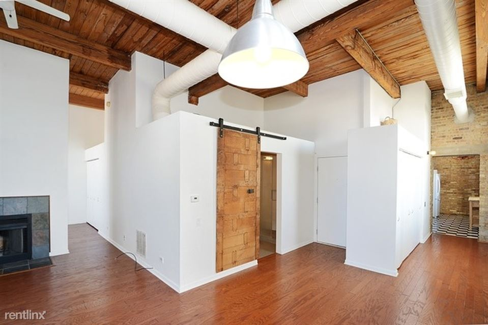 2510 N Wayne Ave, Chicago, IL - $750 USD/ month