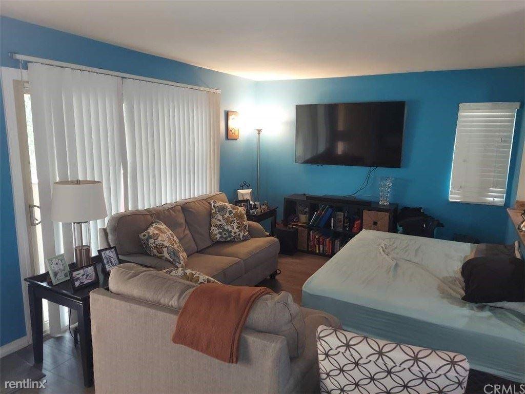 1140 W Blaine St Apt 201, Riverside, CA - $980 USD/ month