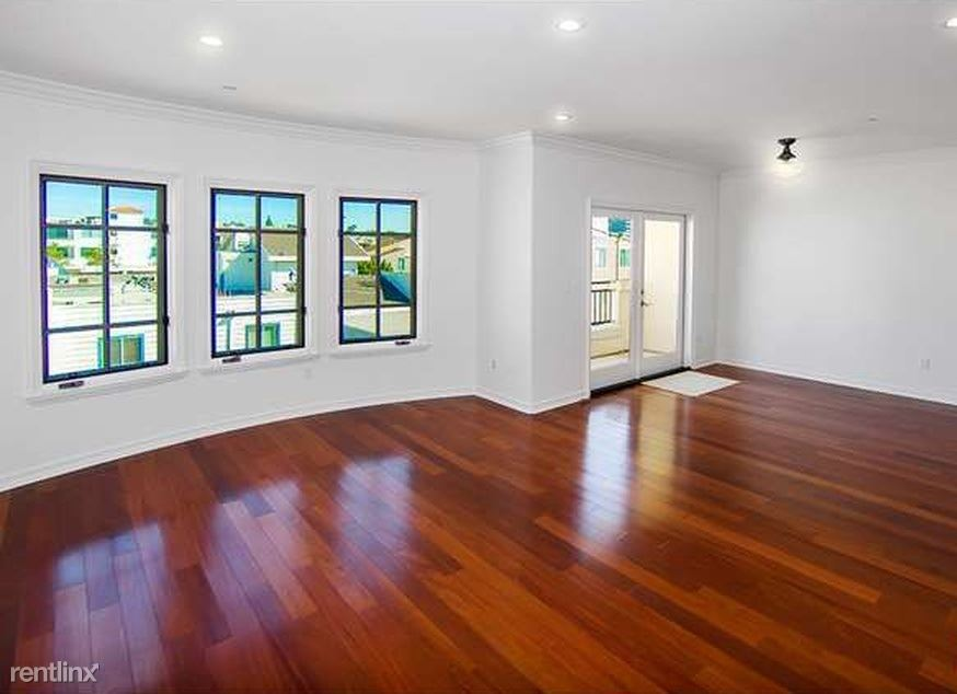1000 Granville Ave, Los Angeles, CA - $1,250 USD/ month