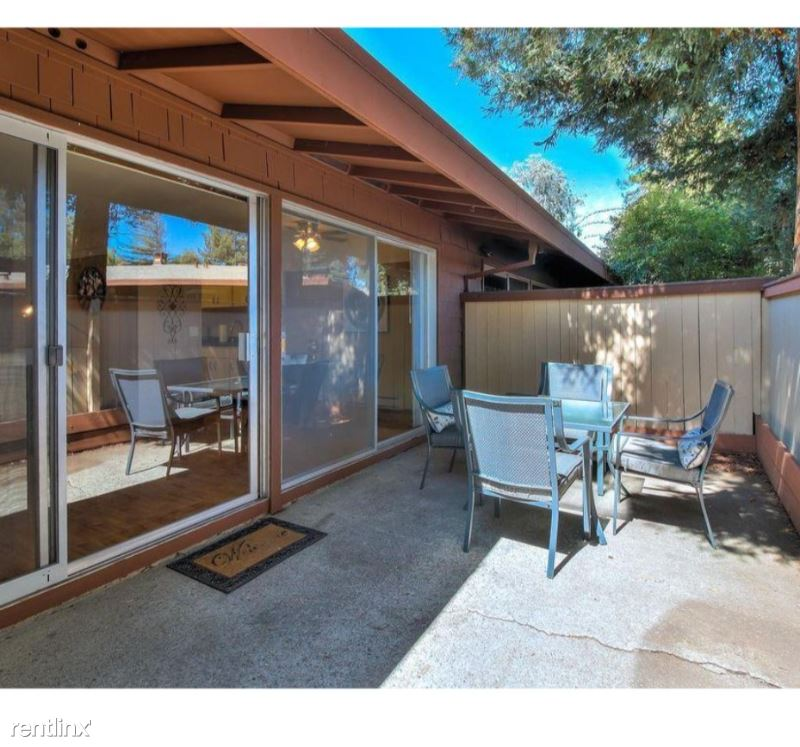 500 West Middlefield Road 150, Mountain View, CA - $2,350 USD/ month