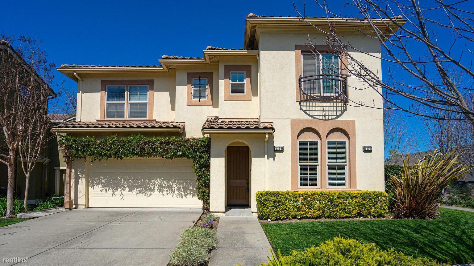1369 Trombetta St, Santa Rosa, CA - $2,600 USD/ month