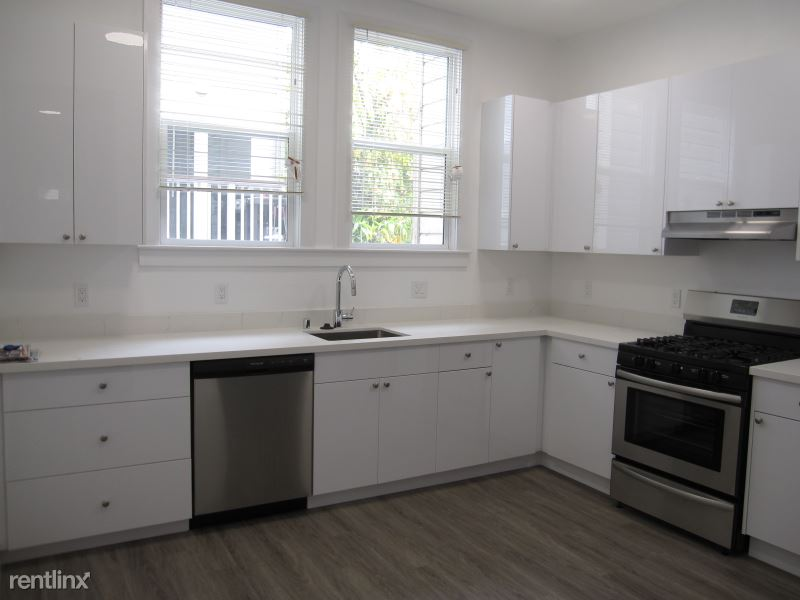1052 Divisadero St, San Francisco, CA - $4,800 USD/ month