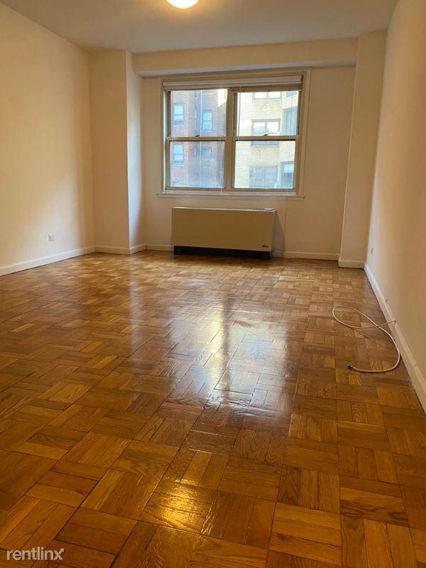 420 East 80th Street 9L, manhattan, NY - $2,893 USD/ month