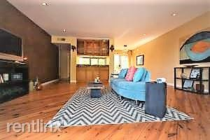 Laguna Street, San Francisco, CA - $5,195 USD/ month