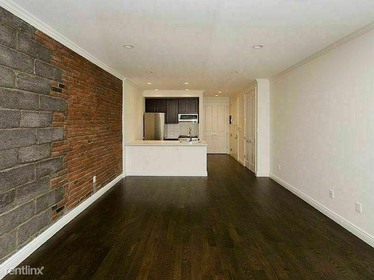 340 E 61st St, New York NY 01A#, New York, NY - $2,200 USD/ month