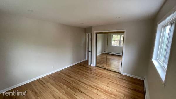 53 Custis Ave, White Plains NY, White Plains, NY - $3,200 USD/ month