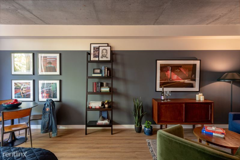 222 Johnson Ave, Brooklyn NY 1B, Brooklyn, NY - $2,850 USD/ month