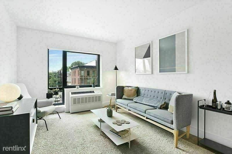 325 Lafayette Ave, Brooklyn NY 3A, Brooklyn, NY - $2,950 USD/ month