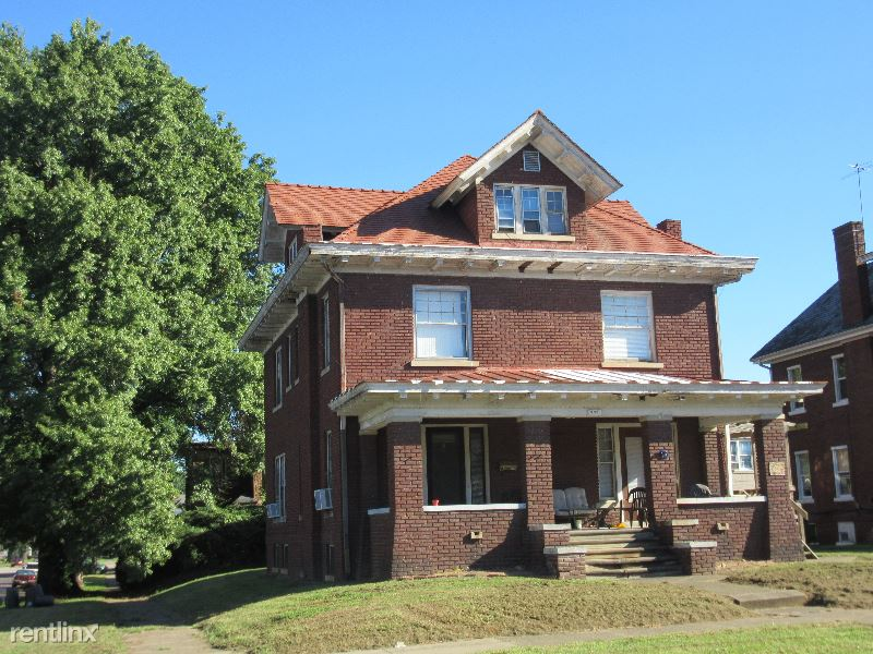 702 10th Ave D, Huntington, WV - 375 USD/ month