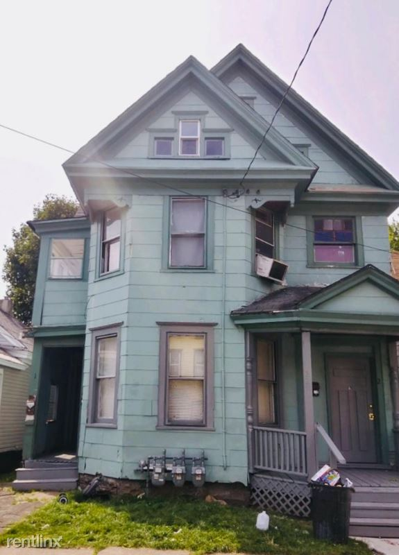 221 Lilac St 3, Syracuse, NY - $850 USD/ month