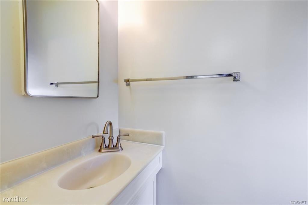 7012 Green Vista Cir, West Hills, CA - $4,000 USD/ month