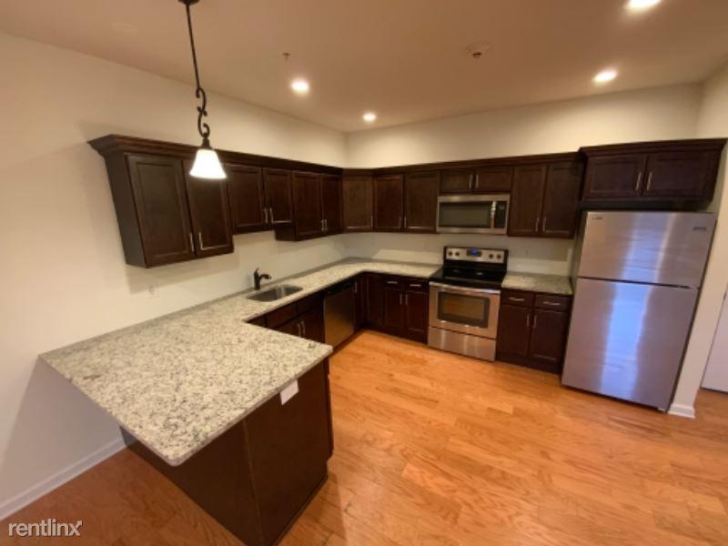 99 Pine St 411, Albany, NY - $1,395 USD/ month