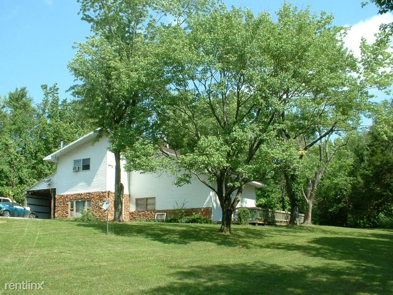 6429 Old Highway 13 B, Carbondale, IL - $800 USD/ month