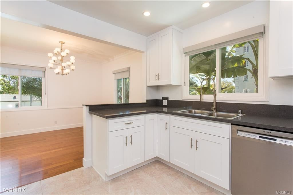 1204 N Crescent Heights Blvd, West Hollywood, CA - $3,995 USD/ month