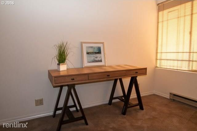 2221 SW 1st Ave, Portland, OR - $1,500 USD/ month