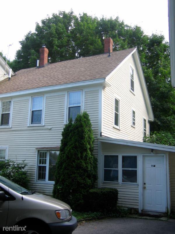 15 Kensington Rd W, Hampton Falls, NH - 1,895 USD/ month