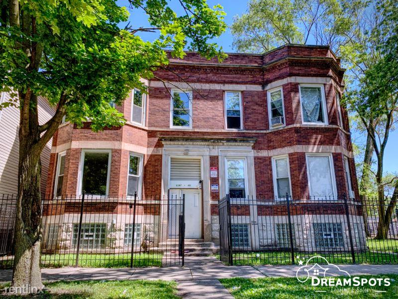 6149 S Carpenter St 2, Chicago, IL - $1,300 USD/ month