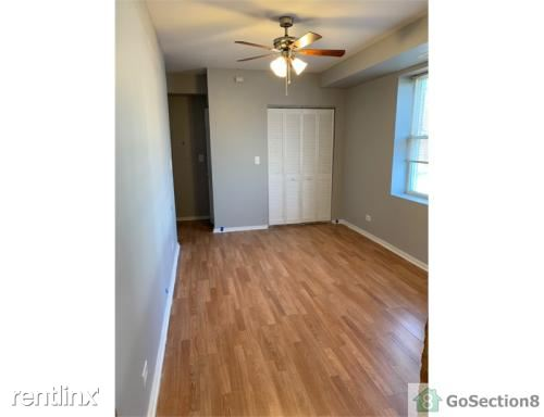 8045 S Manistee Ave 1, Chicago, IL - $1,300 USD/ month