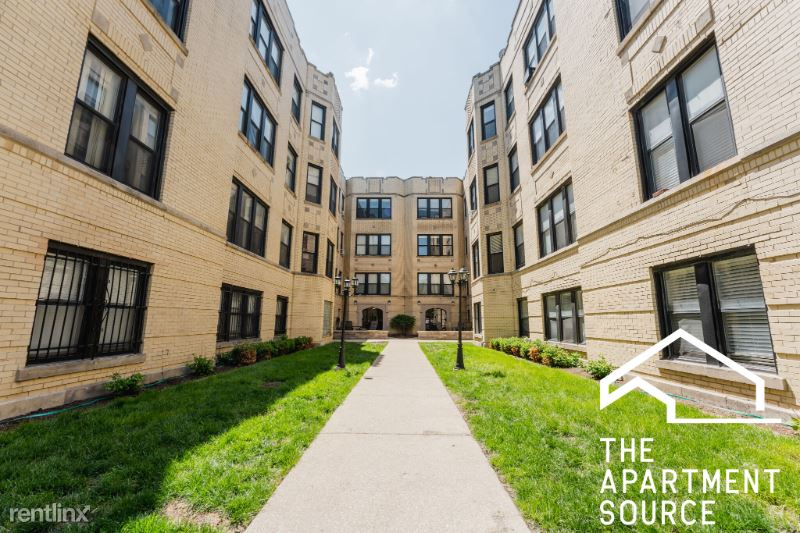 3631 W Dickens Ave 2A, Chicago, IL - $1,700 USD/ month
