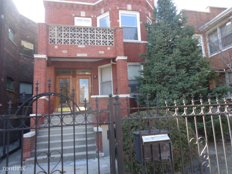 W. Nelson Ave, Chicago, IL - $910 USD/ month