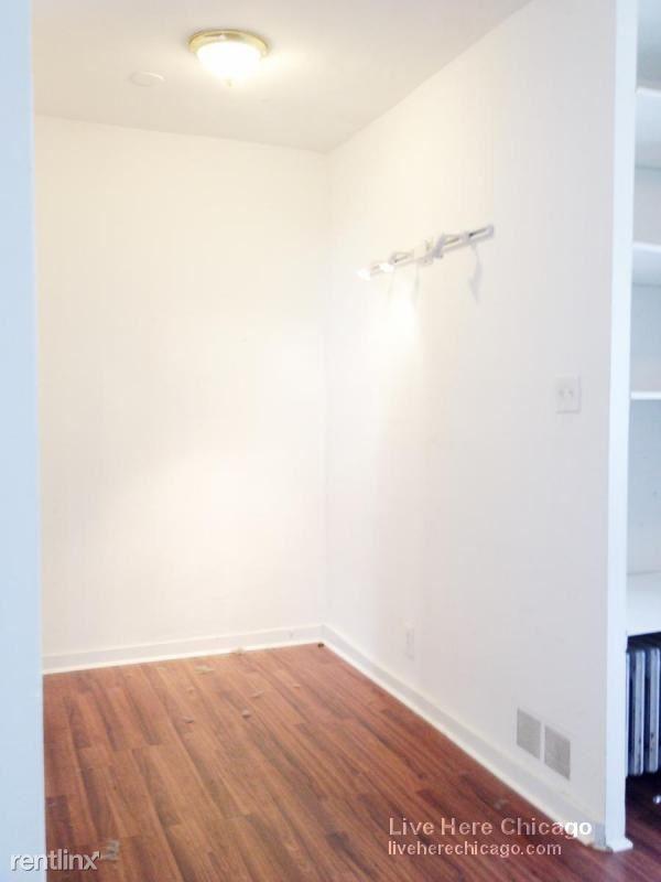 N. Carmen, Chicago, IL - $985 USD/ month