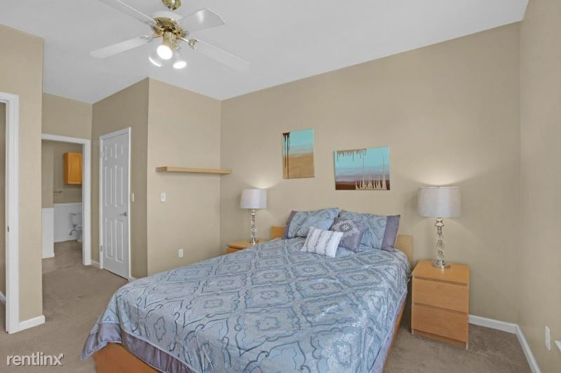 4054 Evergreen St, Irving, TX - $750 USD/ month