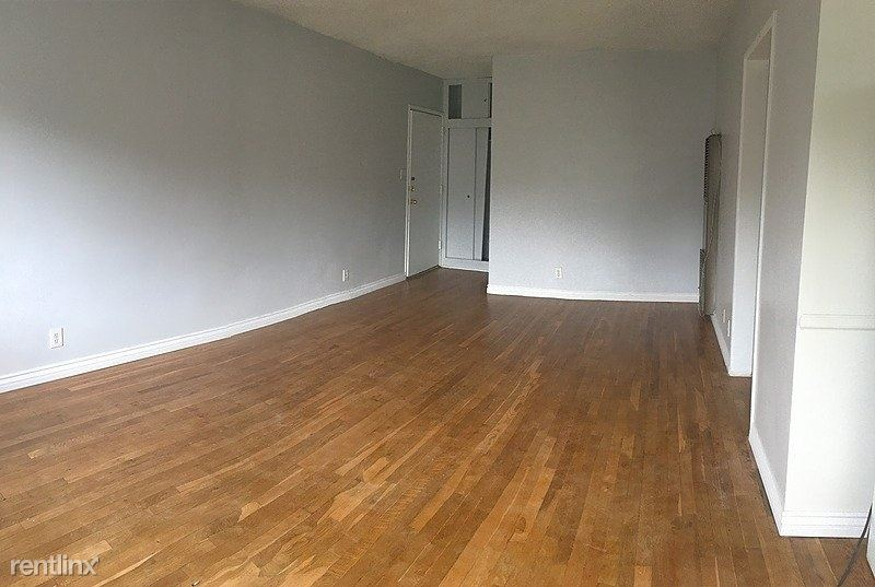 3935 Don Tomaso Drive, Los Angeles, CA - $1,700 USD/ month