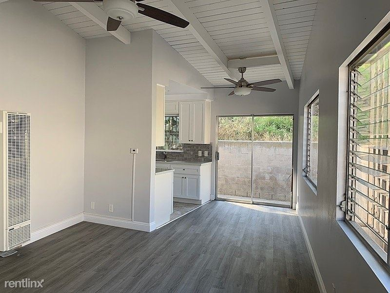 3935 Don Tomaso Drive, Los Angeles, CA - $2,400 USD/ month