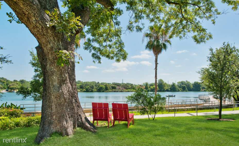 1620 W Riverside Dr, Austin, TX - $1,750 USD/ month