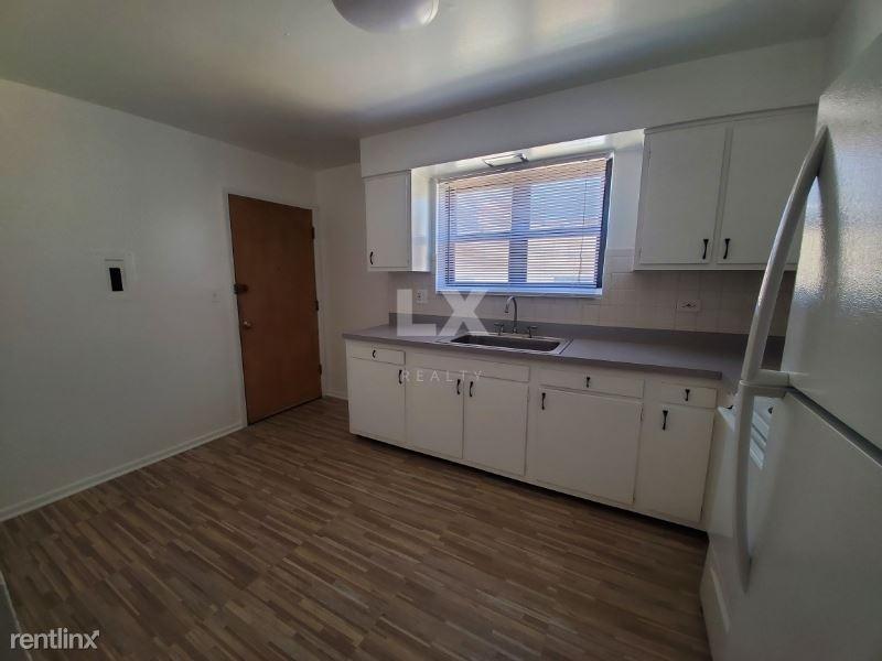 9016 Lamon Ave, Skokie, IL - $1,485 USD/ month