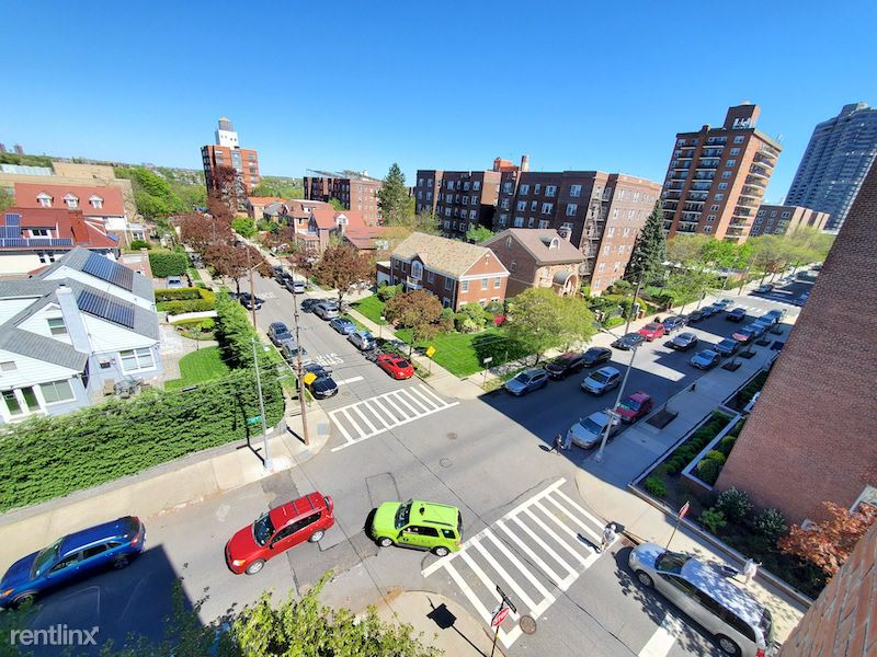 7140 112st, Forest Hills, NY - $2,350 USD/ month