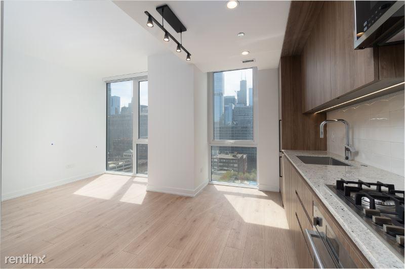 340 W Grand, Chicago, IL - $2,083 USD/ month