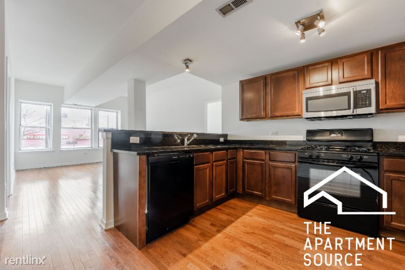 4219 W Irving Park Rd 2A, Chicago, IL - $1,675 USD/ month