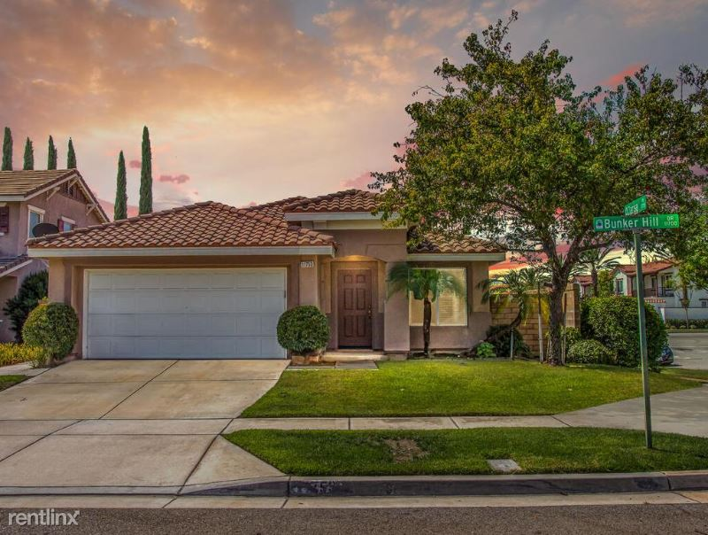 11753 Bunker Hill Dr, Rancho Cucamonga, CA - 3,200 USD/ month