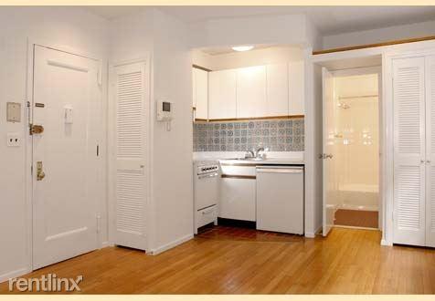 338 E 88th St, New York, NY - 1,421 USD/ month