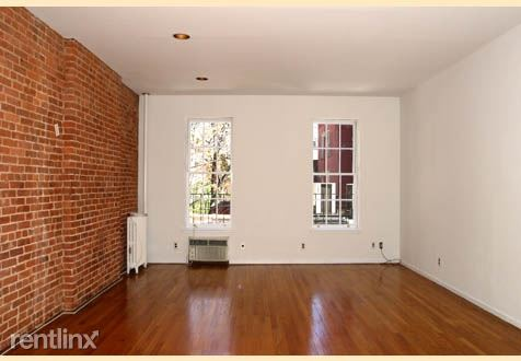 1591 Second Ave, New York, NY - 1,754 USD/ month