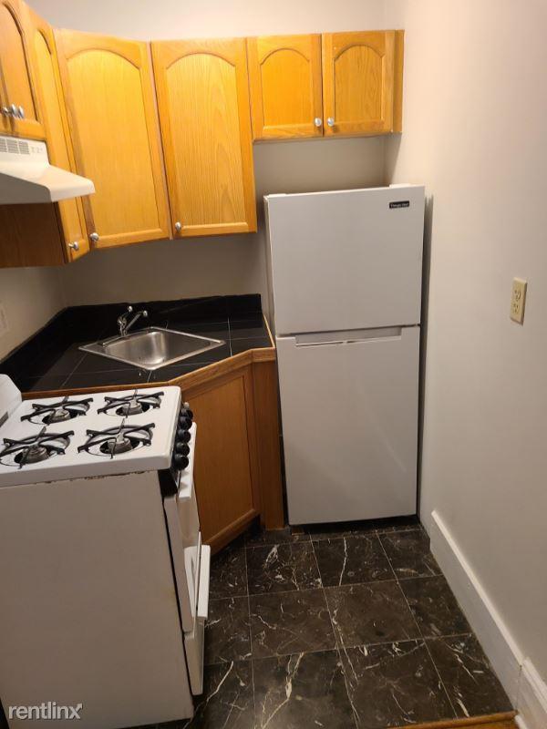 38 Hemenway St 28, Boston, MA - 1,750 USD/ month