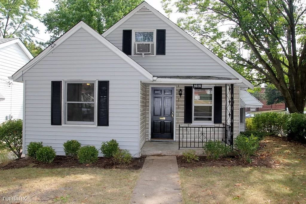 9020 Moritz Avenue, Brentwood, MO - 2,100 USD/ month
