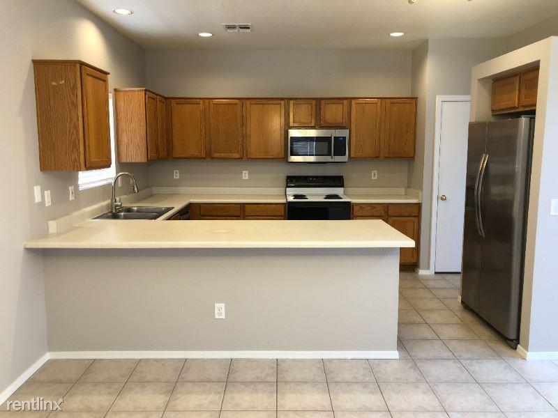 1750 W Union Hills Dr # 23 - 2300USD / month