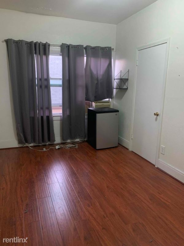 1831 w 11th place, Los Angeles, CA - 850 USD/ month