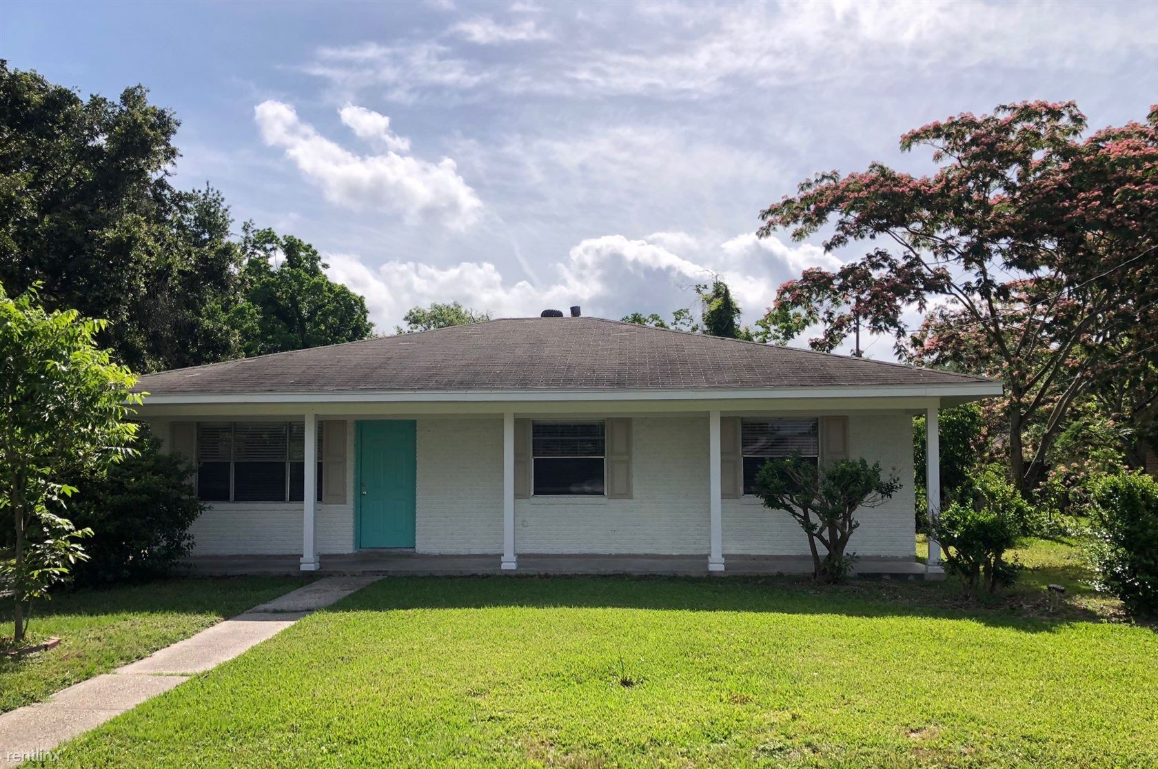 618 Anniston Ave - 1100USD / month